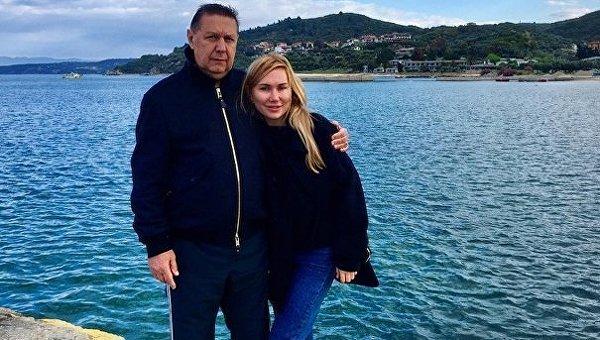 Анатолий Коньков со своей женой Марией
