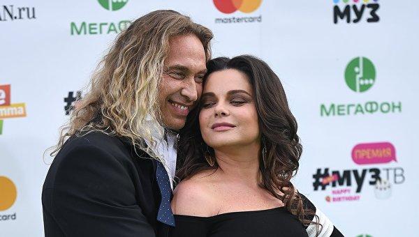 Певица Наташа Королева и её супруг Сергей Глушко (Тарзан). Архивное фото