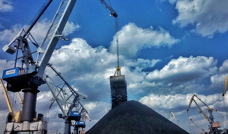 В Одесскую область прибыло судно с углем из США