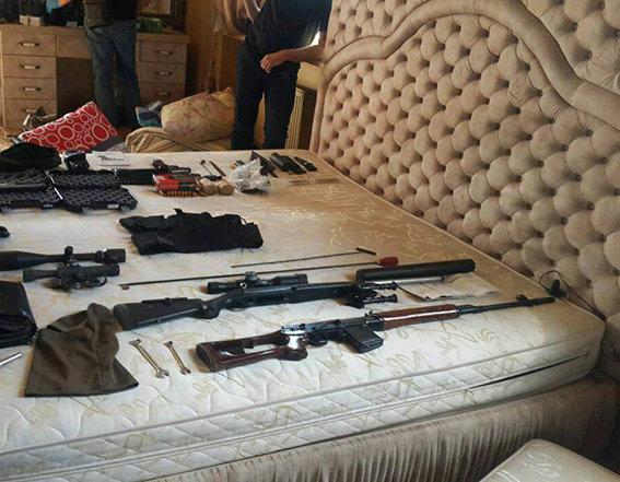 ВХерсонской области Украины задержаны восемь граждан России с«арсеналом оружия»