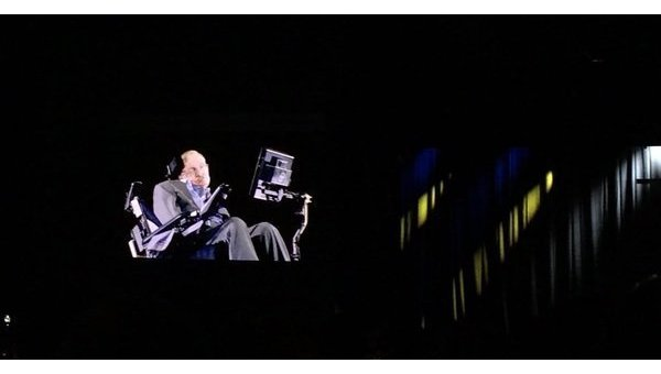 Стивен Хокинг на YES-2017 в Киеве. Архивное фото