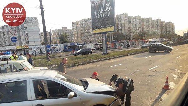 Тройное ДТП в Киеве