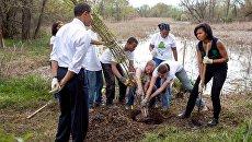 Бараку Обаме устроили фотошоп-баттл