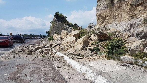 Последствия мощного землетрясения в Мексике