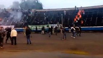 Беспорядки на матче Кубка Украины между ФК Прикарпатье и ФК Карпаты. Видео