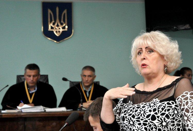 Бывший мэр Славянска Неля Штепа на суде.