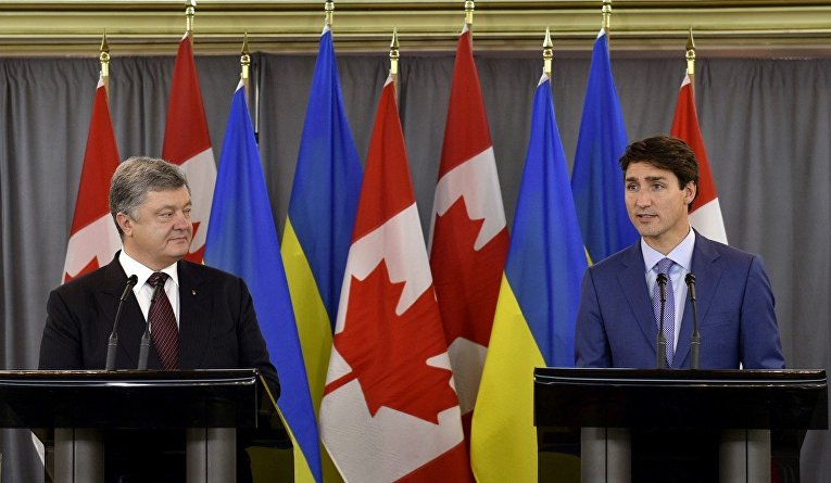 Порошенко и Трюдо во время встречи в Канаде