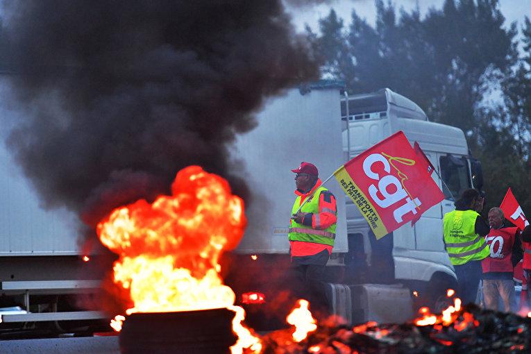 Протесты во Франции против реформ Макрона