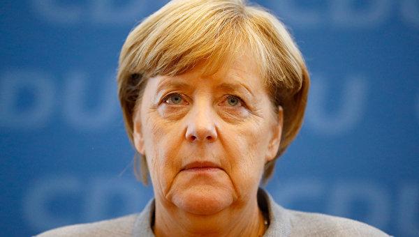 Экзитполы: партия Меркель уступила социал-демократам навыборах вНижней Саксонии