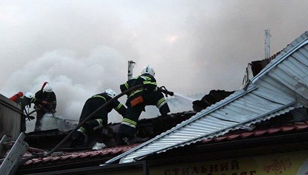 Пожар на рынке в Полтаве