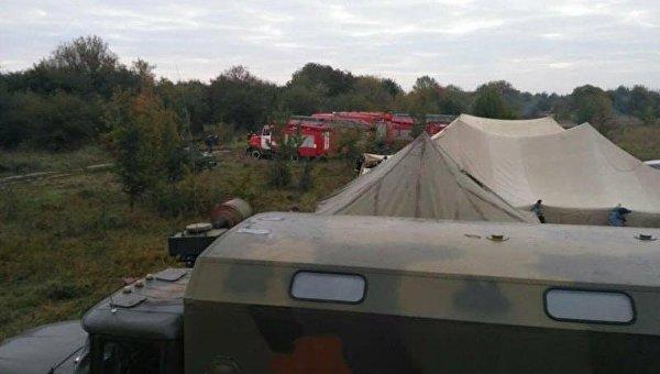 Подразделения ГСЧС под Винницей на ликвидации пожара на складах боеприпасов