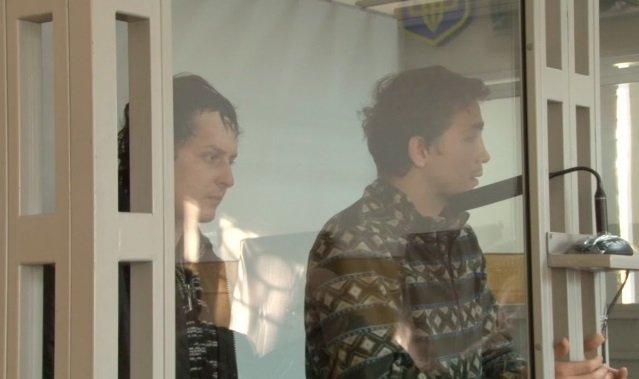 Евгений Тимонин и Дмитрий Василец в зале суда. Архивное фото
