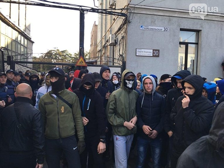Полицейские задержали 17 зачинщиков потасовки на«Фестивале равенства» вЗапорожье