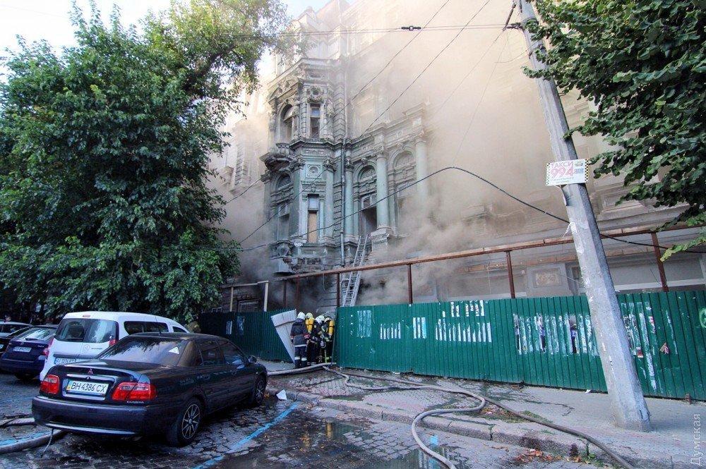Дом Руссова: Вцентре Одессы зажегся монумент архитектуры