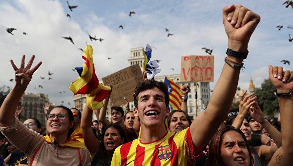 Путин: вРоссии переживают заИспанию из-за Каталонии