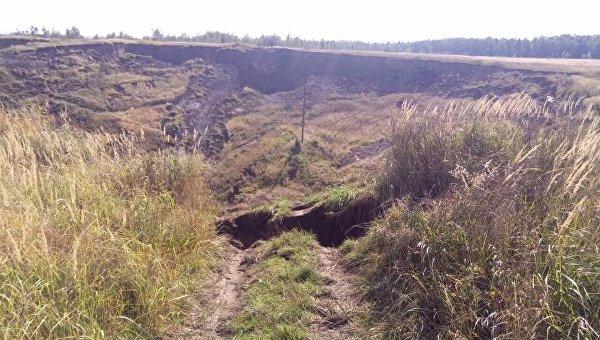 Обвал грунта во Львовской области