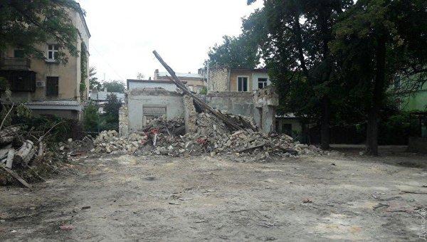 В Одессе сносят уцелевшую часть дома, где жил русский писатель Иван Бунин