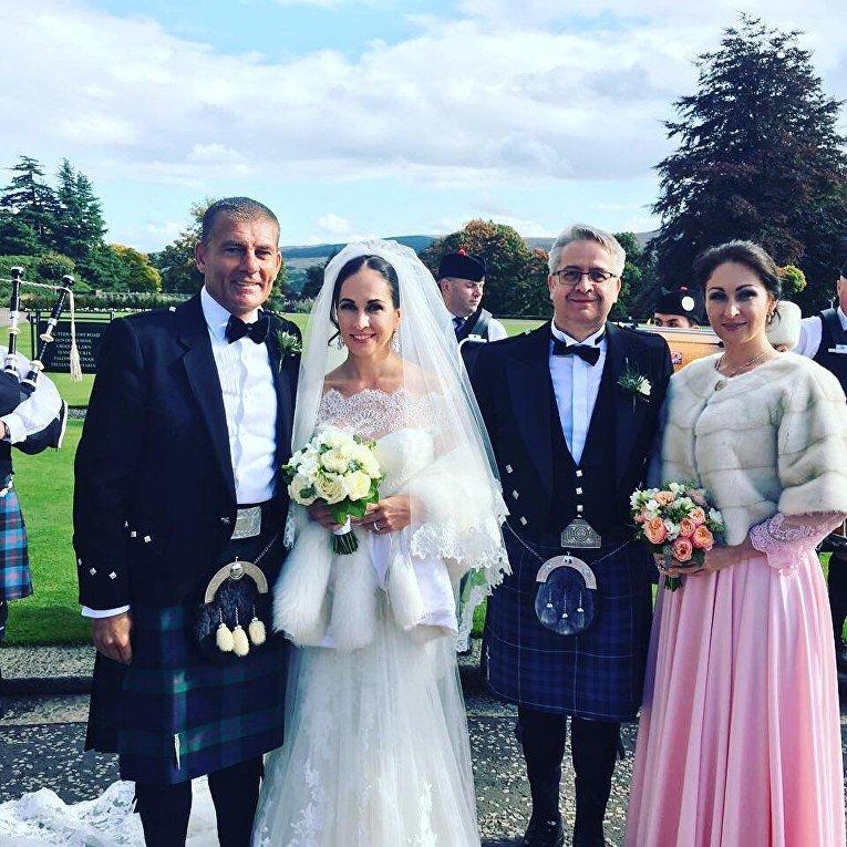 Шотландская свадьба экс-коммунистки Оксаны Калетник