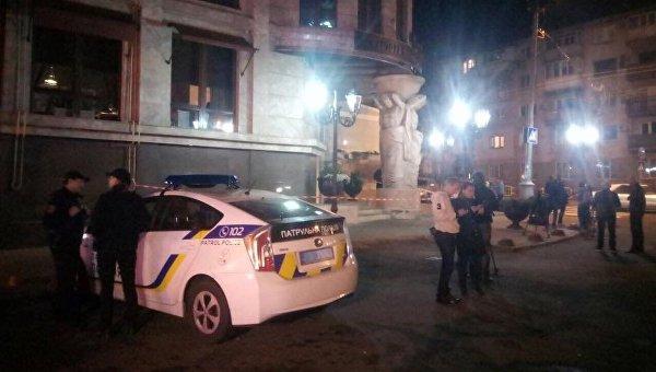 На месте покушения на Олега Радковского в центре Одессы, 4 октября 2017