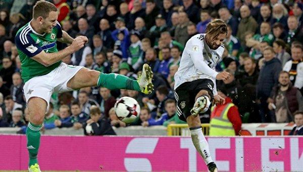 Германские  футболисты завоевали путевку наЧМ-2018, обыграв сборную Северной Ирландии