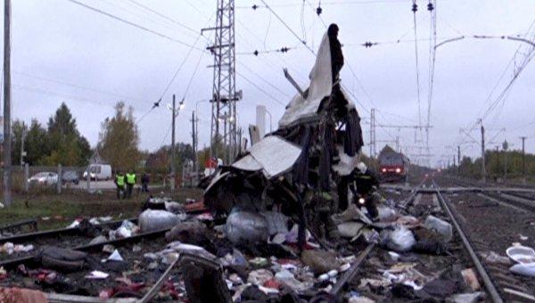 Столкновение автобуса и пассажирского поезда во Владимирской области РФ