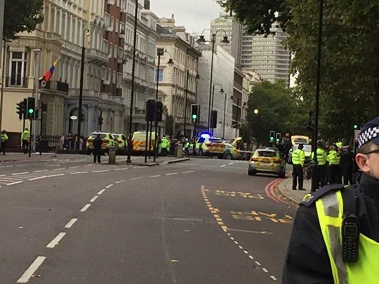 На месте наезда на пешеходов в Лондоне, 7 октября 2017
