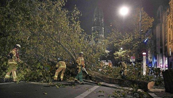 Ураган Ксавьер в Германии