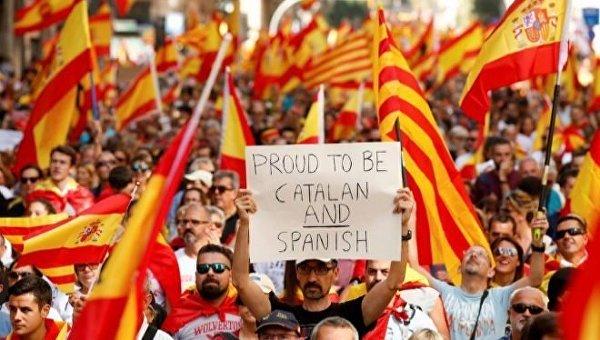 Митинг за единство Испании в Барселоне