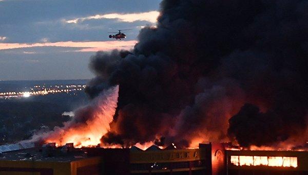 Нагорящем строительном рынке «Синдика» обрушилась кровля