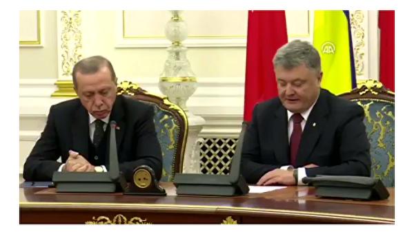 Эрдоган на встрече с Порошенко