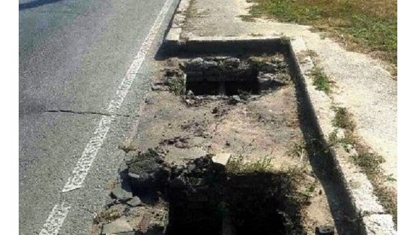 В Одессе участилось воровство чугунных решеток с дорог