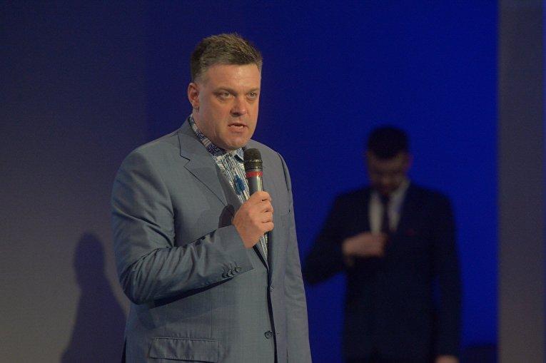Олег Тягнибок на съезде Национального корпуса в Киеве, 14 октября 2017