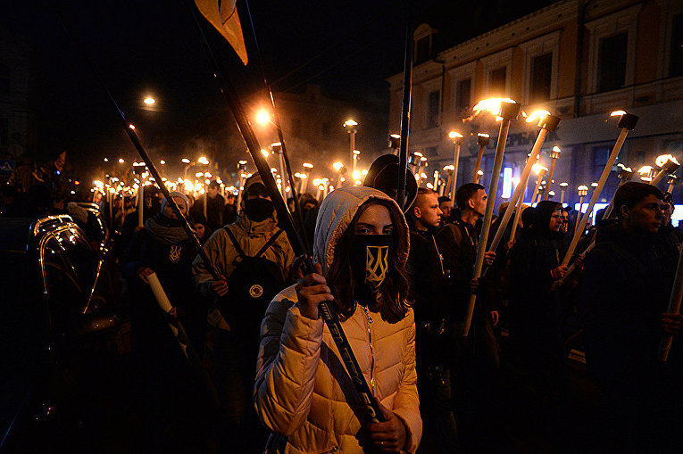 Факельное шествие националистов в Киеве