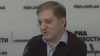 Порошенко не удалось избежать неудобных вопросов в ПАСЕ - Волошин. Видео