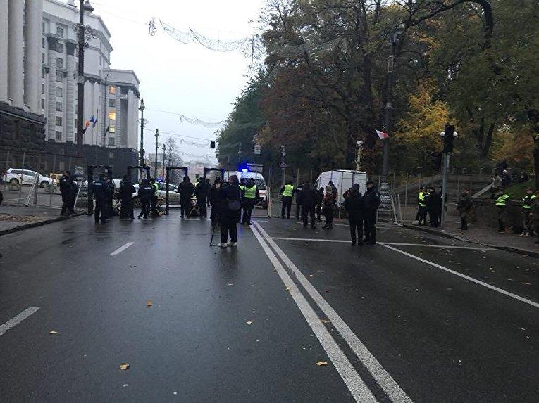 Правительственный квартал оцеплен силами Полиции и Национальной гвардии