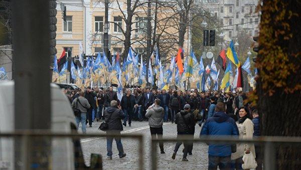 Саакашвили намитинге вКиеве потребовал отПорошенко уйти вотставку