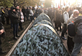 Митингующие начали устанавливать палатки у здания Верховной Рады