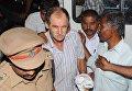 В Индии одесские моряки сидят за решеткой с крысами и тараканами
