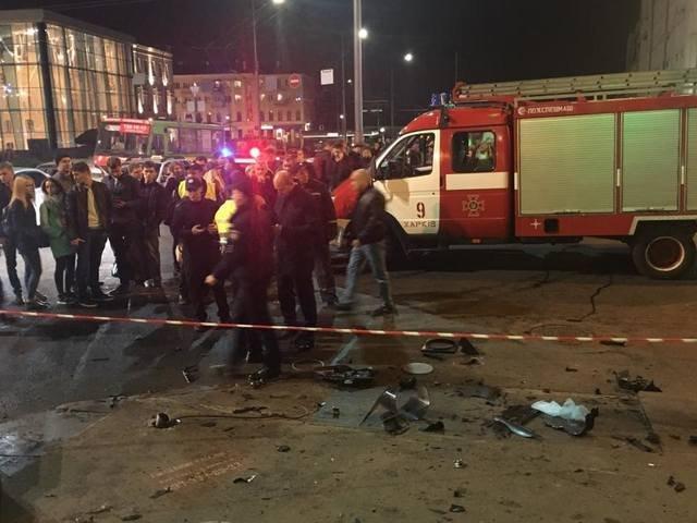 Смертельное ДТП в Харькове. Внедорожник сбил группу пешеходов