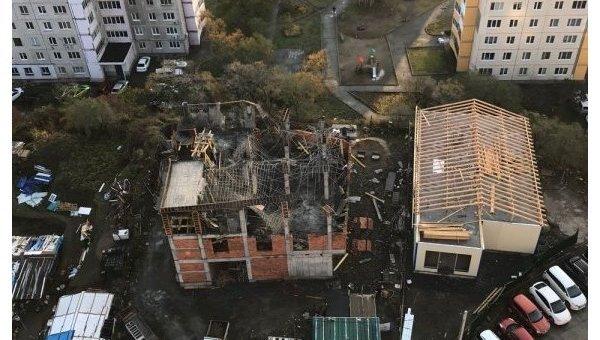 Обвалился этаж строящегося торгового центра воВладивостоке