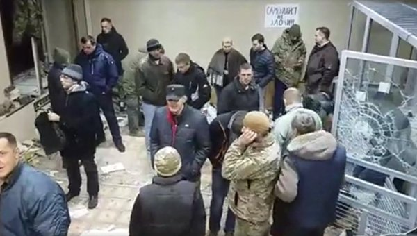 Погром в Святошинском суде Киева