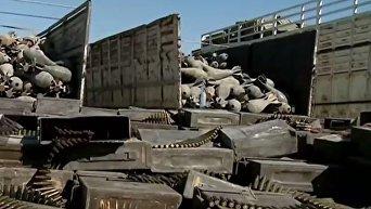 В Сирии показали новейшие образцы оружия НАТО, найденные на складе ИГ
