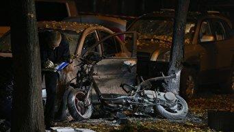 Следственные действия на месте взрыва в Киеве. Архивное фото