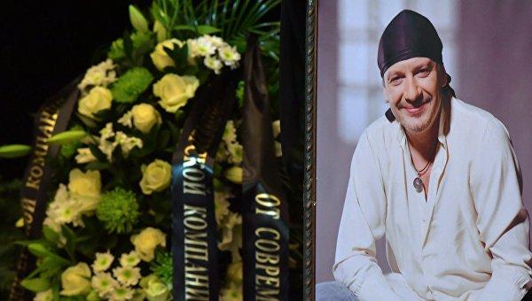 Прощание с актером Дмитрием Марьяновым