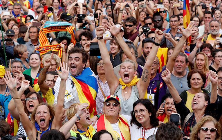 Парламент Каталонии проголосовал занезависимость региона