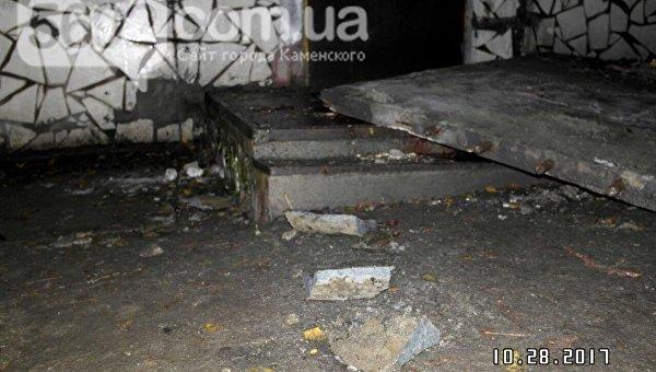 Бетонный козырек подъезда убил подростка— катастрофа поДнепром