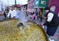Приготовление традиционного казацкого кулеша во время фестиваля HoReCaShow Lviv - 2017