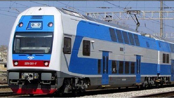 Скоростной двухэтажный поезд начал ходить из Тернополя в Киев