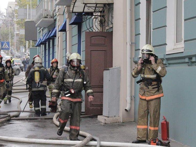 Пожар в центре Киева: сгорел стейк-хауз