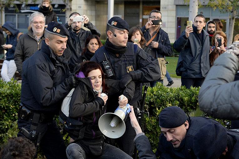 Массовые митинги в Каталонии